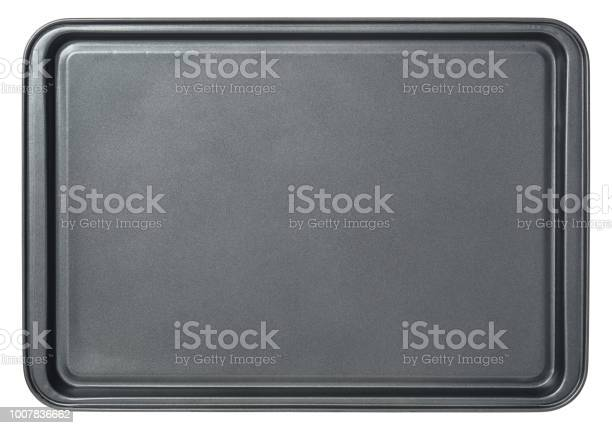 Rectangular black baking tray in oven isolated on white background picture id1007836662?b=1&k=6&m=1007836662&s=612x612&h=ofopjljeawbeaayeyqowqgjdjehdazpqa1aodtg vw4=