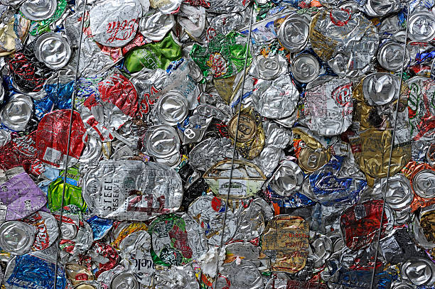 recycling used cans - balpress bildbanksfoton och bilder