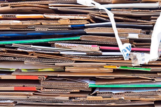 recyle pile - box falten stock-fotos und bilder