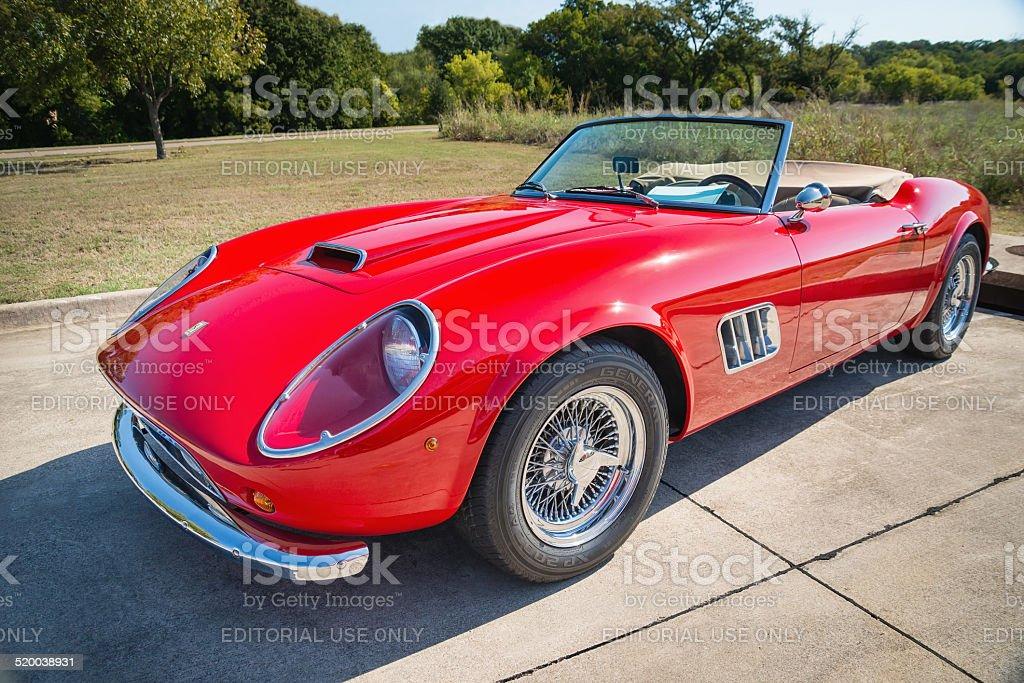 Red 1962 Ferrari 250 Gt California Spyder Stockfoto Und Mehr Bilder Von 1960 1969 Istock