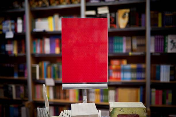 red annonce in buchhandlung - bibliothekschilder stock-fotos und bilder