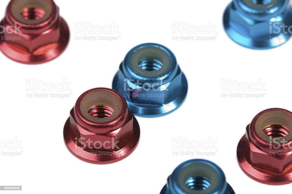 Azul e vermelho de alumínio frutos de casca rija - fotografia de stock