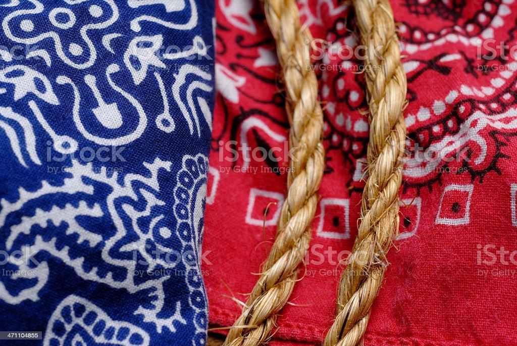 Rosso e blu con corda - foto stock
