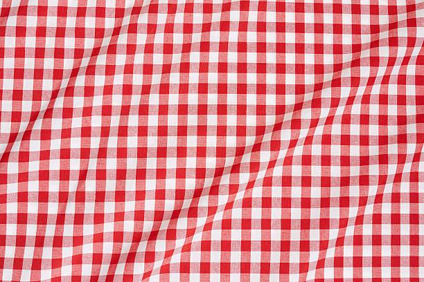 Manteles ondulado blanco y rojo - foto de stock