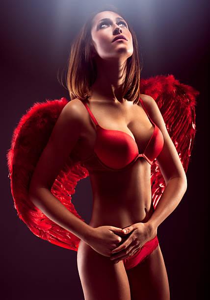 Rouge Angel - Photo