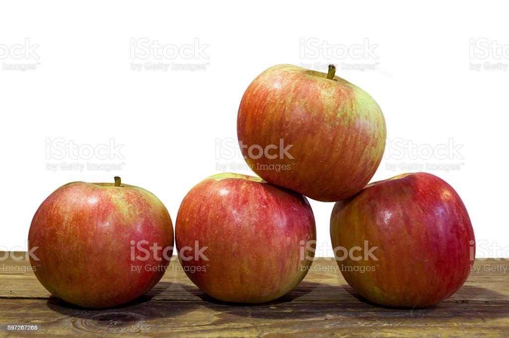 Pommes rouges sur fond en bois photo libre de droits