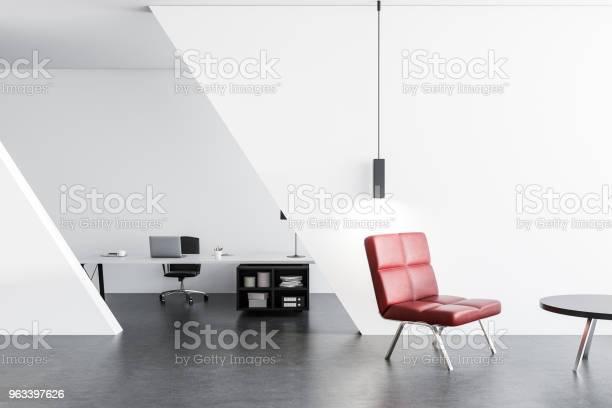 Poczekalnia Biurowa Z Czerwonym Fotelem - zdjęcia stockowe i więcej obrazów Biznes