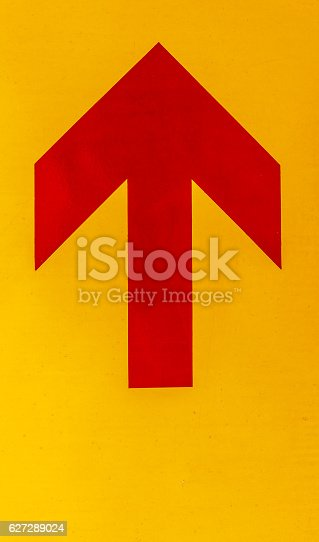 istock Red arrow image 627289024