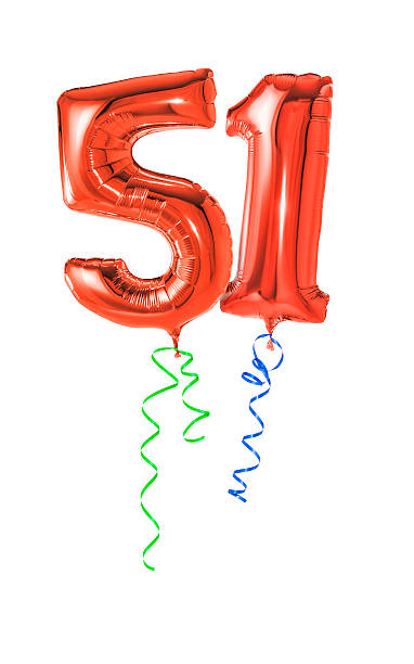 rojo globos con cinta número 51 - numero 51 fotografías e imágenes de stock