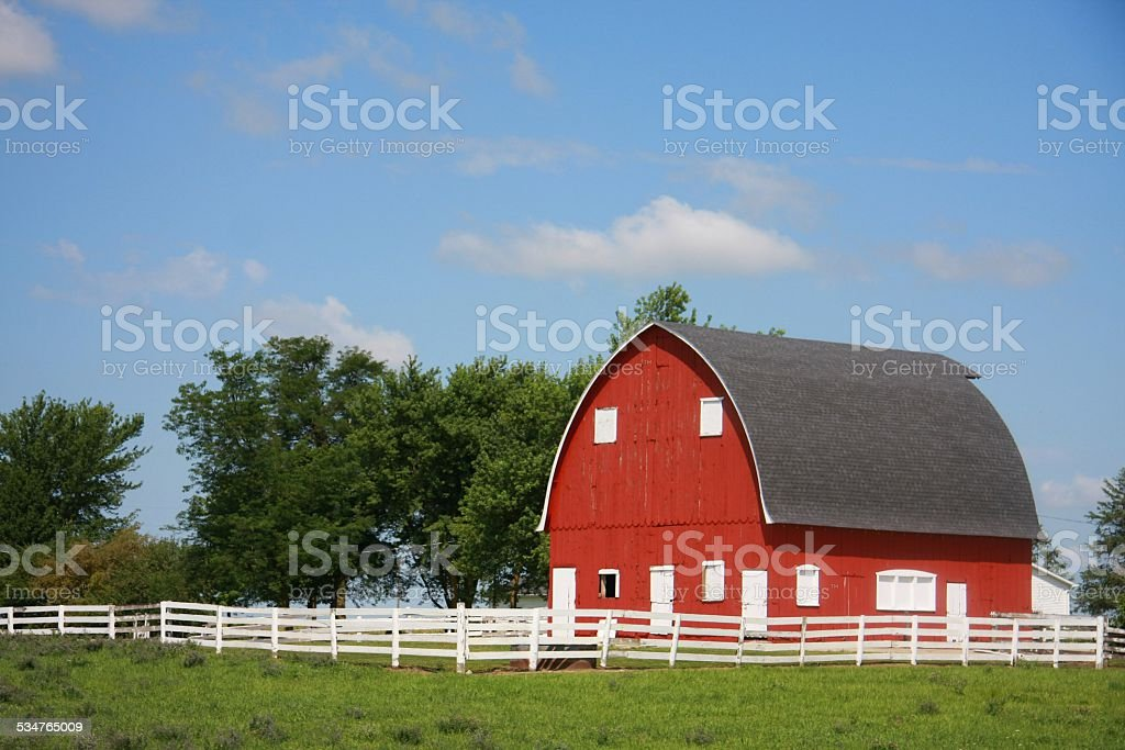 Red Barn White Fence Iowa Style Stock Photo More Pictures Of 2015
