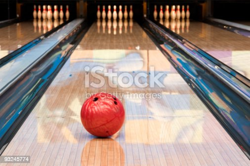 Bowling ball with pins