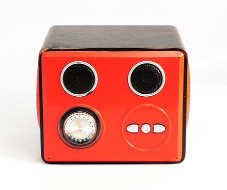 istock red box audio 471739227