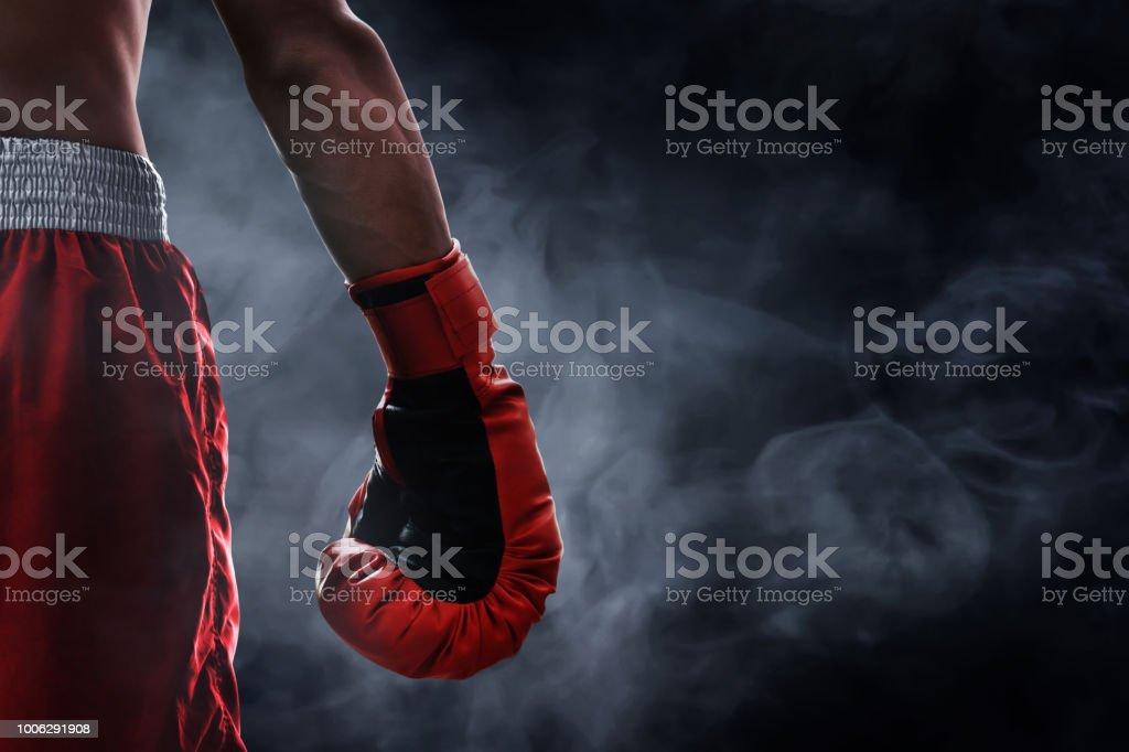 Rojo guante de boxeo - foto de stock