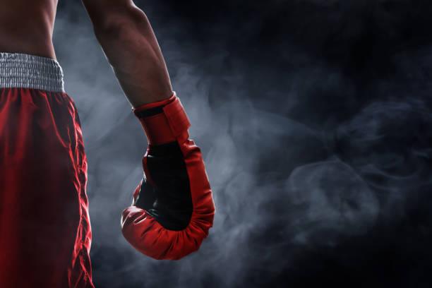 luva de boxe vermelhas - box - fotografias e filmes do acervo