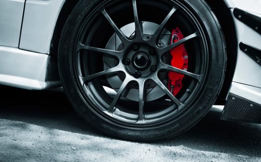 Rote Bremse Stockfoto und mehr Bilder von Alufelge