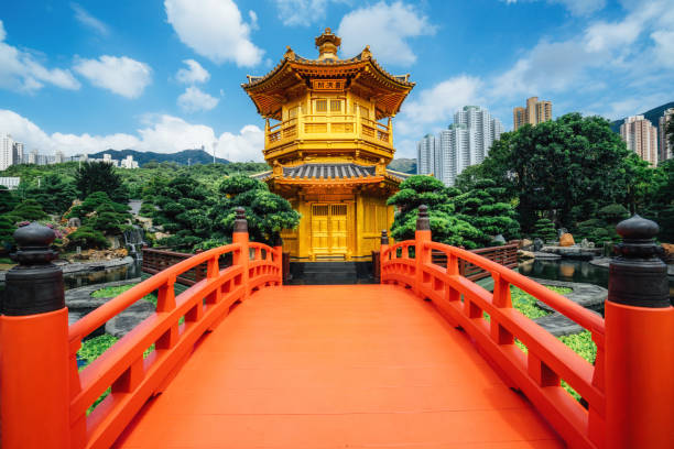Red bridge in Nan Lian Garden, Diamond Hills, Hong Kong Red bridge in Nan Lian Garden, Diamond Hills, Hong Kong pagoda stock pictures, royalty-free photos & images