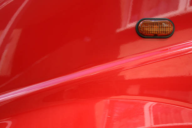 rotes auto-element - autolack stock-fotos und bilder
