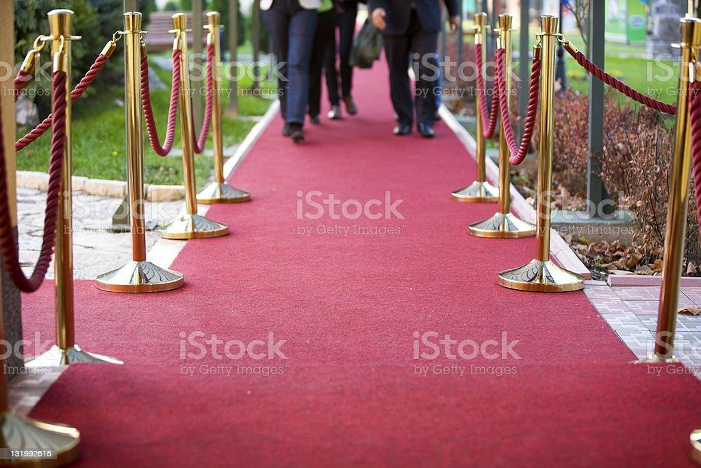 Roter Teppich und stanchions – Foto