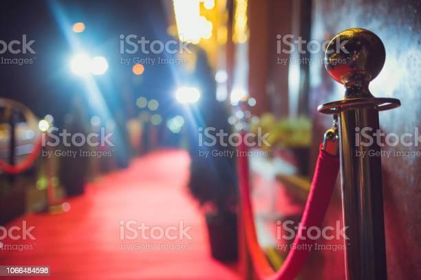 Red carpet entrance picture id1066484598?b=1&k=6&m=1066484598&s=612x612&h=zugap0qkhzunusnmuqekfxxggm6ygq74d4pli tkuww=