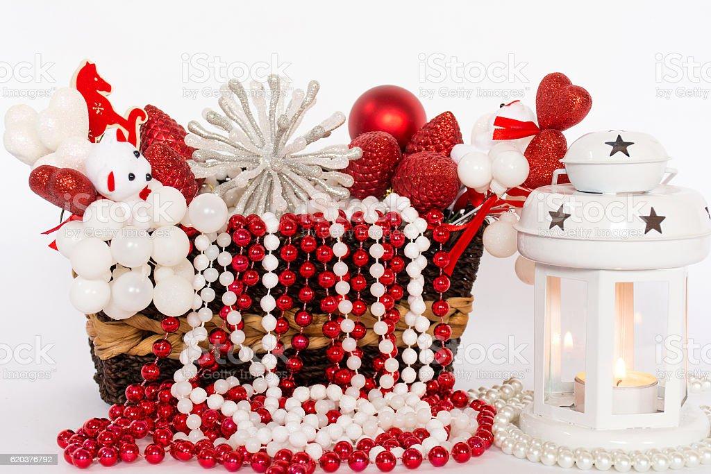 Red christmas table decoration with christmas lantern zbiór zdjęć royalty-free