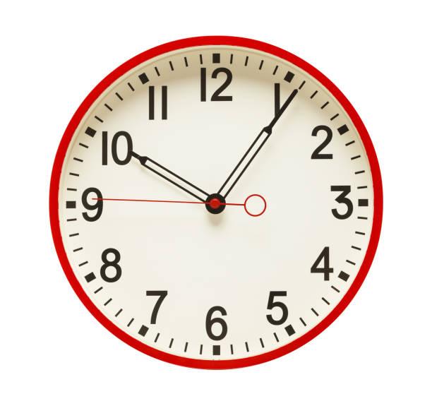 rojo de reloj - wall clock fotografías e imágenes de stock