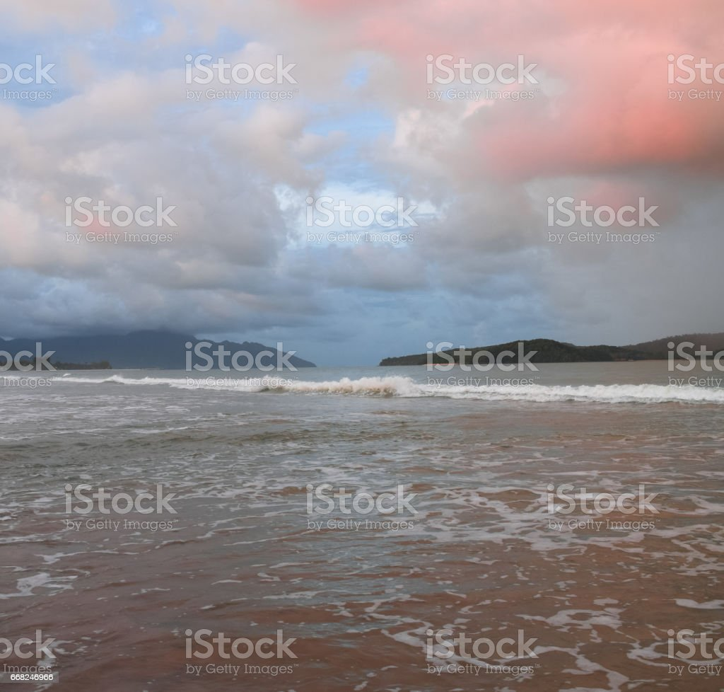 Red clouds over the sea foto stock royalty-free
