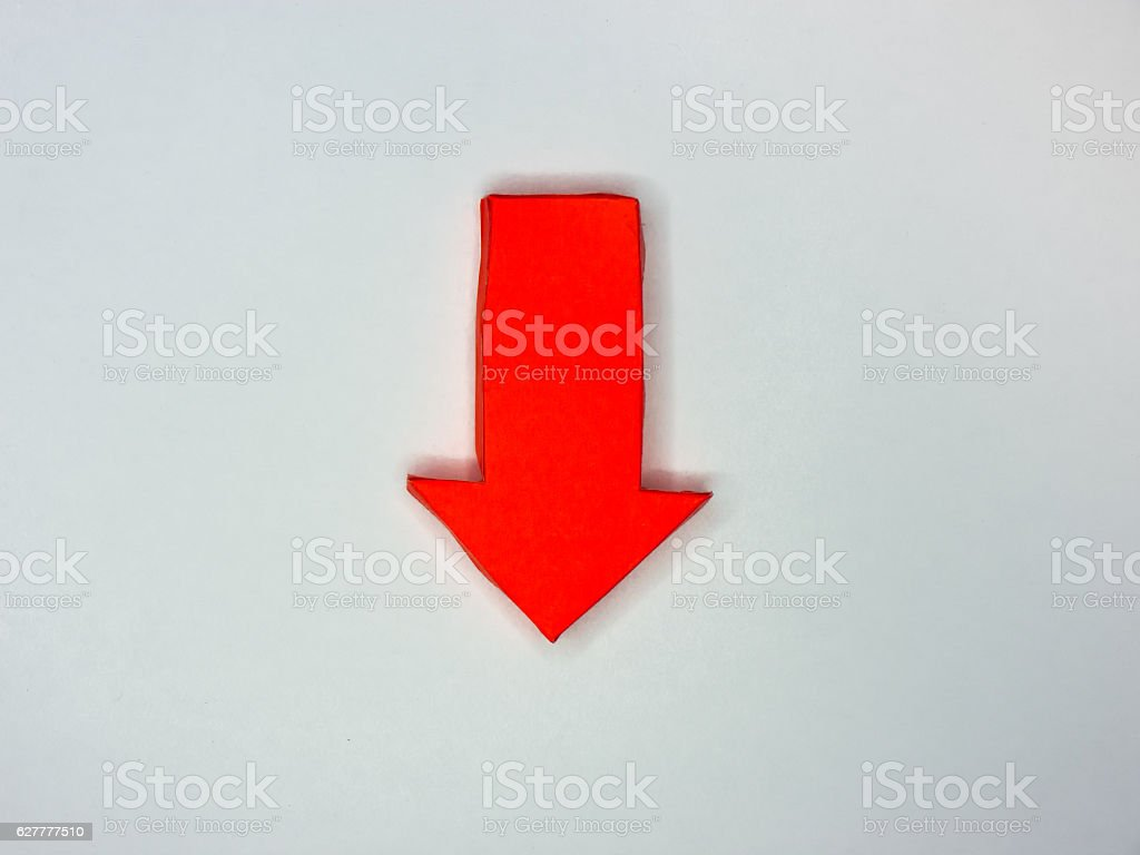 Red Crafted Paper Arrow Pointing down – Foto