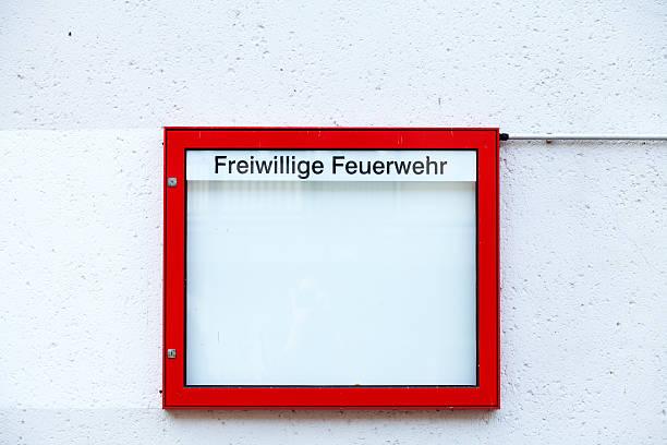 red display cabinet of fire engine - feuerwehrmann deutsch stock-fotos und bilder