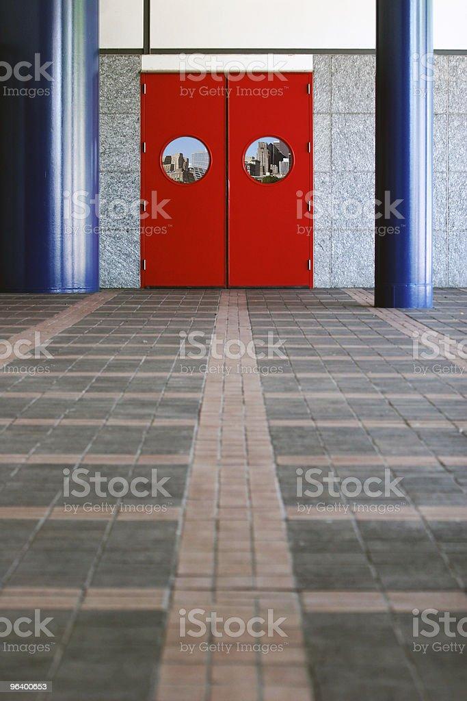 レッドドア - ウェディングパーティーのロイヤリティフリーストックフォト