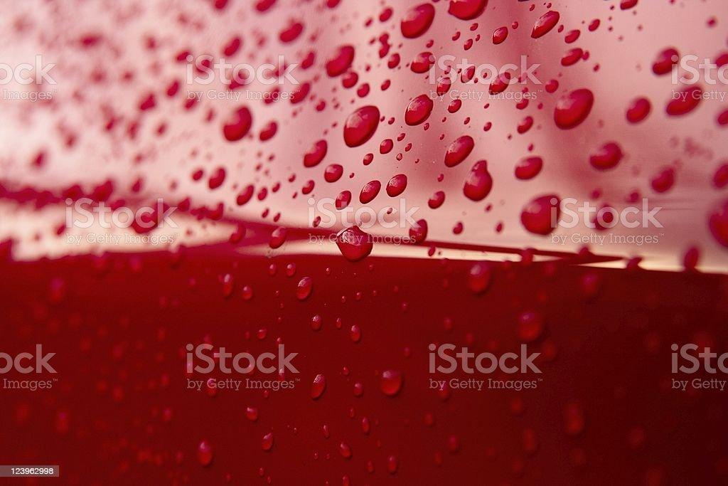 Rote Tropfen Wasser – Foto