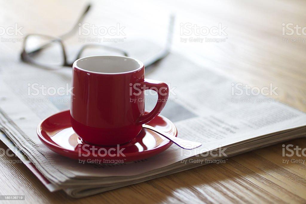 Red espresso Kaffee auf einem Holztisch – Foto
