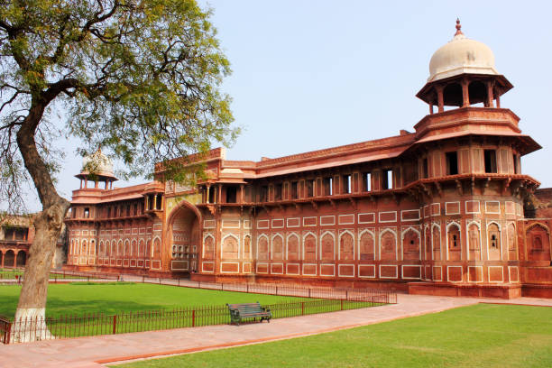 Red Fort, A 15th century UNESCO site in Agra, India Red Fort, A 15th century UNESCO site in Agra, India agra stock pictures, royalty-free photos & images