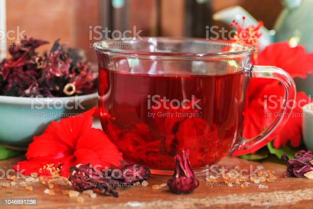 Red karkade hibiscus red sorrel tea in glass mug with dry tea cu picture id1046691236?b=1&k=6&m=1046691236&s=612x612&h=odqtbdk7vsf0gn0y09vmiswx ynzkhqr fdncc0n 0q=