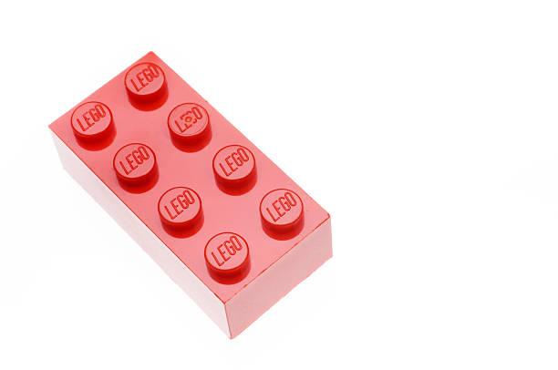lego plano aproximado de tijolo vermelho - lego imagens e fotografias de stock