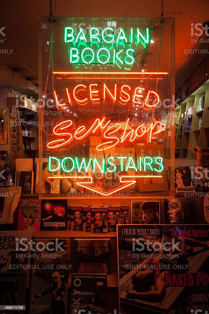Luz roja tienda de señal, Soho, Londres - foto de stock