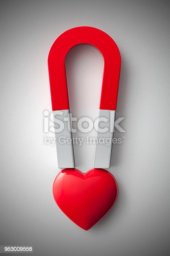 Red magnet with heart.