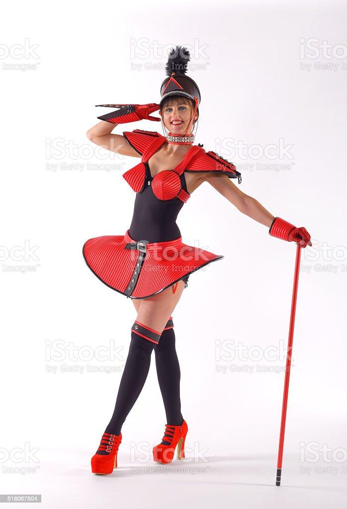 Marchando Chica dos rojo - foto de stock