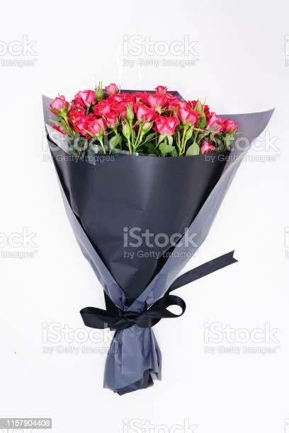 Red miniature roses as a gift picture id1157904406?b=1&k=6&m=1157904406&s=612x612&h=vk999uslofnrplxc5dzzhzmjtuow2vvwwhwf hicqcs=