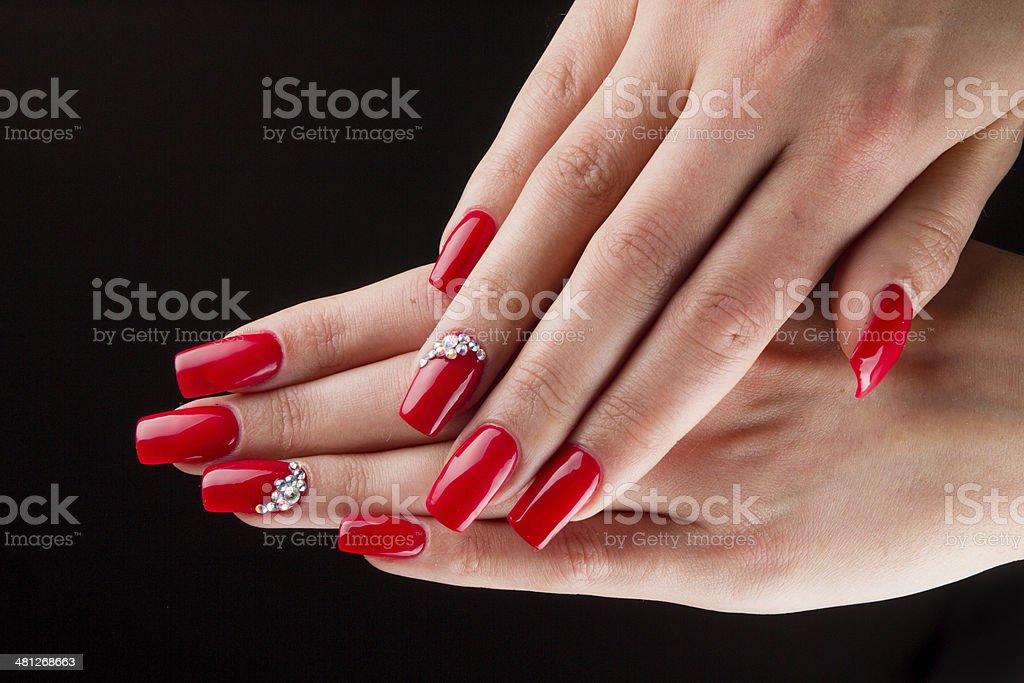 Czerwone Paznokcie I Ręce Czarnym Tle Stockowe Zdjęcia I Więcej