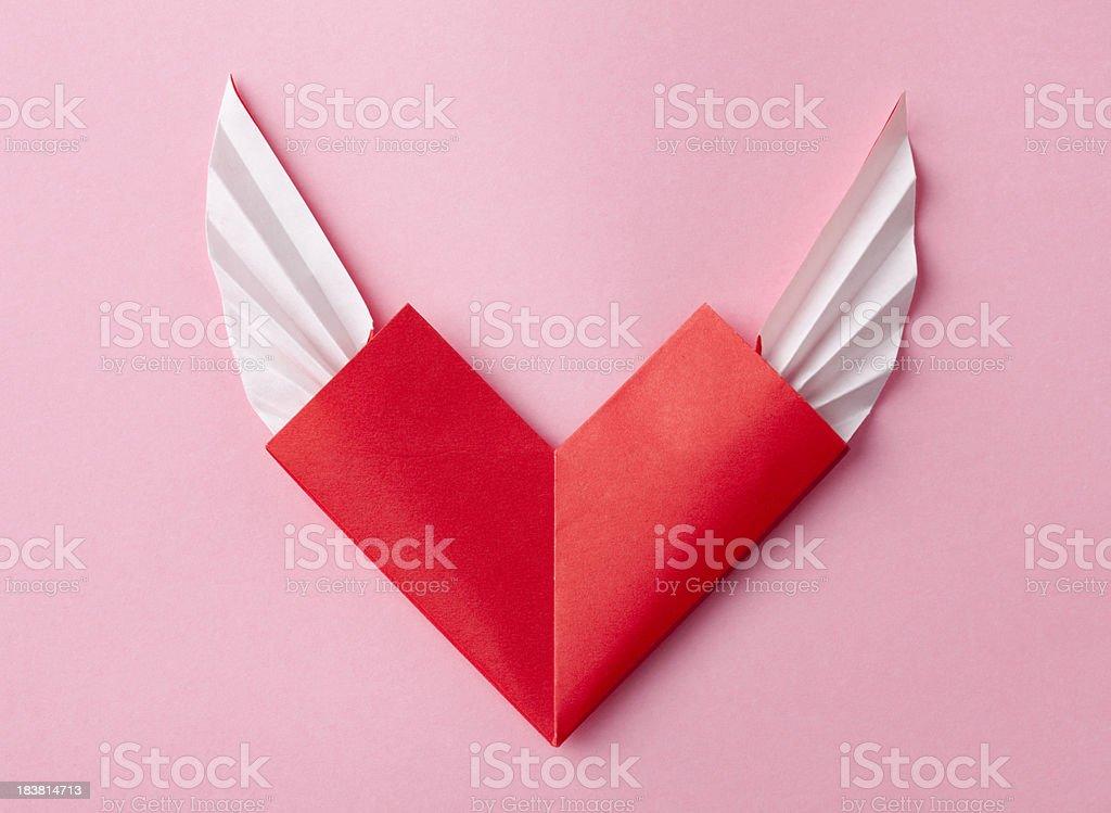 Fotografia De Rojo Origami Corazon Con Alas En Rosa Y Mas Banco De - Origami-corazn