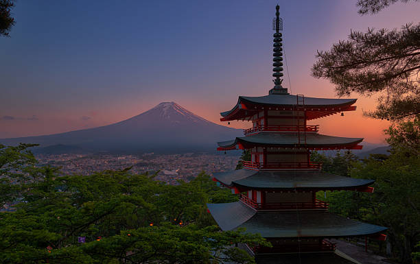 Red pagoda Red Pagoda and Fujisan pagoda stock pictures, royalty-free photos & images