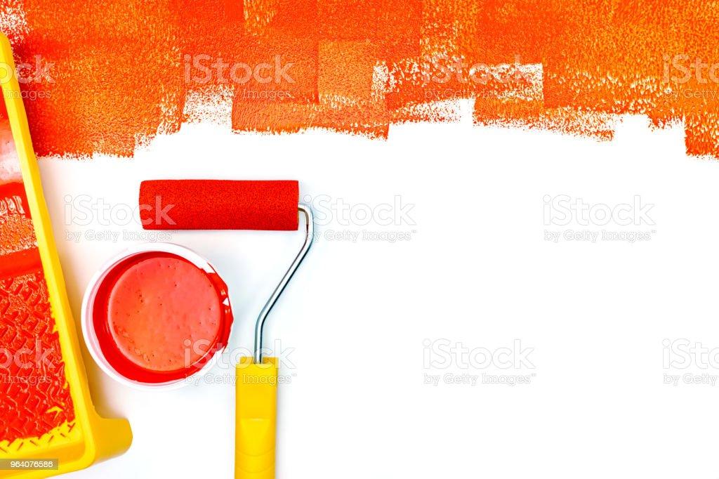白い背景の赤いペイント ストローク - まぶしいのロイヤリティフリーストックフォト