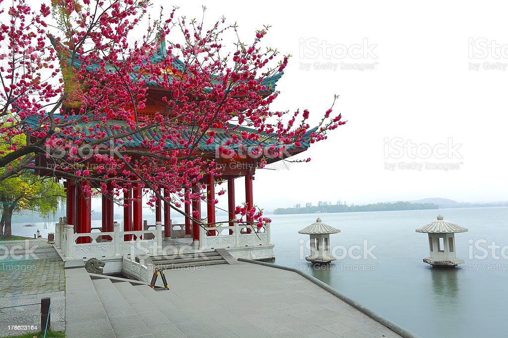red pavilion Ancient building next to West Lake in Hangzhou stock photo
