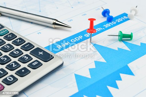 istock Red pin on financial graph, Target and win concept 475041996