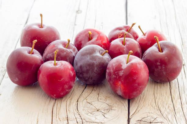 Red prunes – zdjęcie