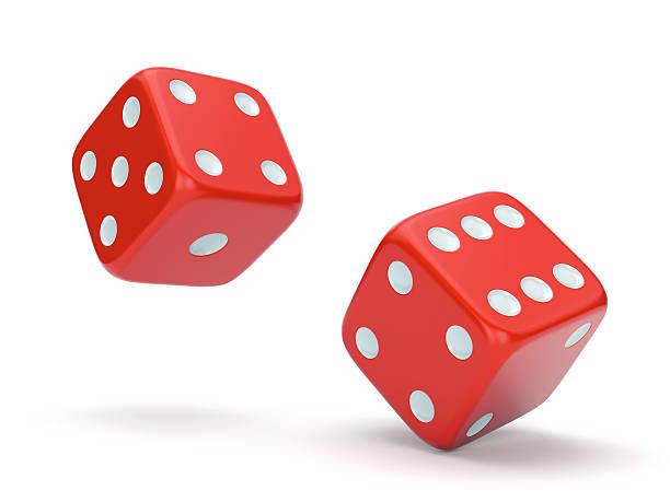 rosso dei dadi rotolare - gioco dei dadi foto e immagini stock
