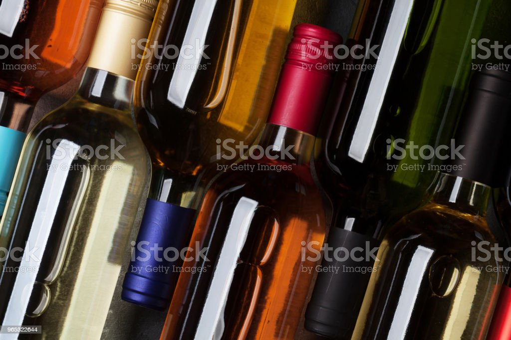Red, rose and white wine bottles zbiór zdjęć royalty-free