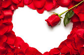 istock Red rose heart 148298309