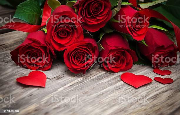 Red roses and hearts picture id637904690?b=1&k=6&m=637904690&s=612x612&h=atu55tktjfrb9asvdpkg7zzqv0ofxnxddksyudxxdty=