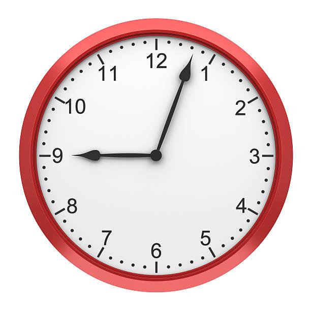 reloj de pared redonda de color rojo aislado sobre fondo blanco - wall clock fotografías e imágenes de stock